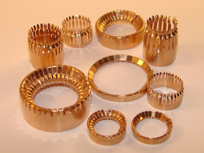 female-contact-ring Series